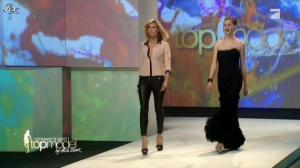Heidi Klum dans Germany s Next Top Model - 26/04/12 - 15