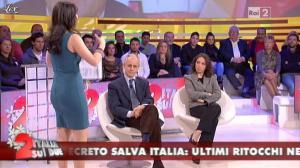 Lorena Bianchetti dans Italia Sul Due - 13/12/11 - 06