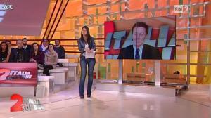 Lorena Bianchetti dans Italia Sul Due - 28/11/11 - 04