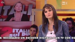 Lorena Bianchetti dans Italia Sul Due - 28/11/11 - 11