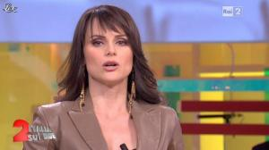 Lorena Bianchetti dans Italia Sul Due - 30/01/12 - 05