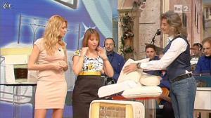 Adriana Volpe dans I Fatti Vostri - 08/04/13 - 14
