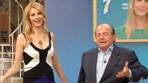 Adriana Volpe dans I Fatti Vostri - 11/04/13 - 19
