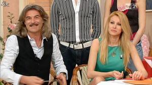 Adriana Volpe dans I Fatti Vostri - 17/04/13 - 06