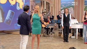 Adriana Volpe dans I Fatti Vostri - 17/04/13 - 10