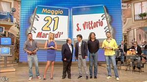 Adriana Volpe dans I Fatti Vostri - 21/05/13 - 02