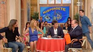 Adriana Volpe dans I Fatti Vostri - 21/05/13 - 06