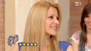 Adriana Volpe dans I Fatti Vostri - 21/05/13 - 17