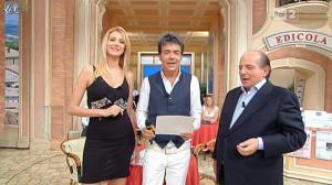 Adriana Volpe dans I Fatti Vostri - 26/10/11 - 01