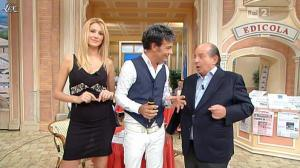 Adriana Volpe dans I Fatti Vostri - 26/10/11 - 04