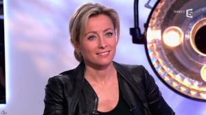 Anne-Sophie Lapix dans C à Vous - 14/01/14 - 18