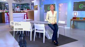 Anne-Sophie Lapix dans C à Vous - 25/02/14 - 01
