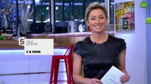 Anne-Sophie Lapix dans C à Vous - 26/02/14 - 02