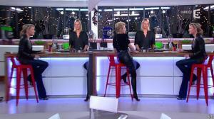 Anne-Sophie Lapix et Karin Viard dans C à Vous - 14/01/14 - 12