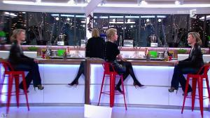 Anne-Sophie Lapix et Karin Viard dans C à Vous - 14/01/14 - 15