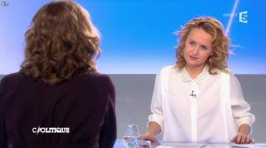 Caroline Roux dans C Politique - 02/03/14 - 10