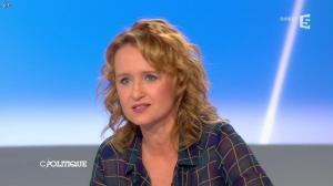 Caroline Roux dans C Politique - 13/04/14 - 39