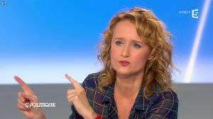 Caroline Roux dans C Politique - 13/04/14 - 48