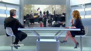 Caroline Roux dans C Politique - 13/04/14 - 52