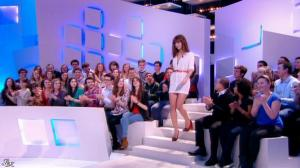 Doria Tillier dans le Grand Journal de Canal Plus - 04/03/14 - 03