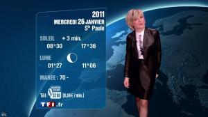 Evelyne Dhéliat à la Météo de 20h - 25/01/11 - 02