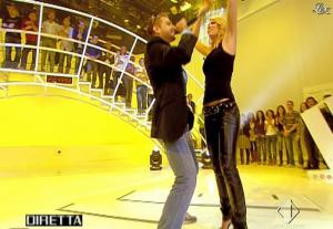 Ilary Blasi dans le Iene - 21/10/08 - 13