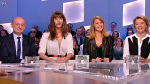 Valérie Amarou et Doria Tillier dans le Grand Journal de Canal Plus - 04/03/14 - 05
