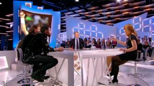 Valérie Amarou dans le Grand Journal de Canal Plus - 19/02/14 - 05
