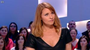 Valérie Amarou dans le Grand Journal de Canal Plus - 19/02/14 - 07