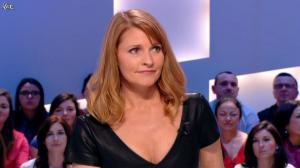 Valérie Amarou dans le Grand Journal de Canal Plus - 19/02/14 - 09