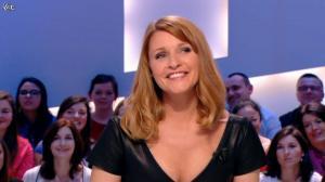 Valérie Amarou dans le Grand Journal de Canal Plus - 19/02/14 - 10
