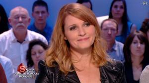 Valérie Amarou dans le Grand Journal de Canal Plus - 21/02/14 - 03