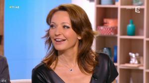 Valérie Durier dans la Quotidienne - 23/04/14 - 03