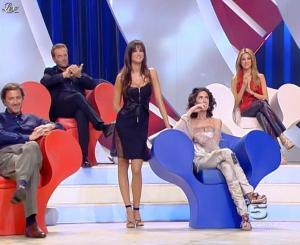 Adriana Volpe et Manuela Arcuri dans Scherzi à Parte Story - 18/07/09 - 04