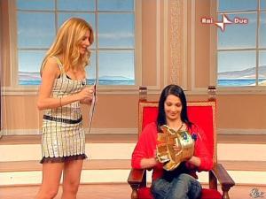 Adriana Volpe dans Mezzogiorno in Famiglia - 16/03/08 - 06
