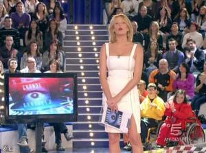 Alessia Marcuzzi dans Grande Fratello - 08/04/09 - 01