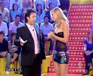 Ilary Blasi dans Mai Dire Candid - 13/09/07 - 04