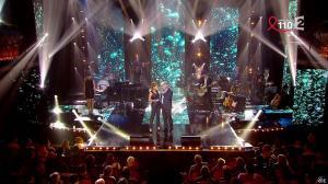 Léa Salamé dans la Télé Chante pour le Sidaction - 28/03/15 - 03