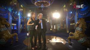 Léa Salamé dans la Télé Chante pour le Sidaction - 28/03/15 - 09