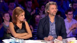 Léa Salamé dans On n'est pas Couché - 07/03/15 - 05