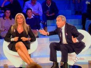 Mara Venier dans L Isola Dei Famosi - 20/10/08 - 01
