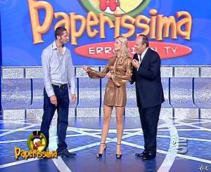 Michelle Hunziker dans Paperissima - 13/10/06 - 08