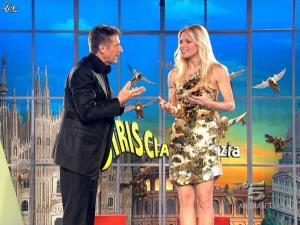 Michelle-Hunziker--Striscia-la-Notizia--02-03-09--02