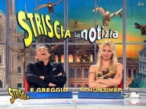 Michelle Hunziker dans Striscia la Notizia - 02/03/09 - 05