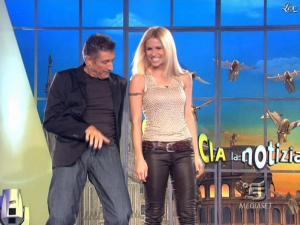 Michelle Hunziker dans Striscia la Notizia - 07/03/09 - 04