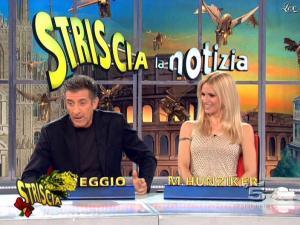 Michelle Hunziker dans Striscia la Notizia - 07/03/09 - 10