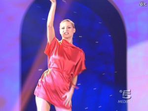 Michelle Hunziker dans Striscia la Notizia - 10/02/09 - 02