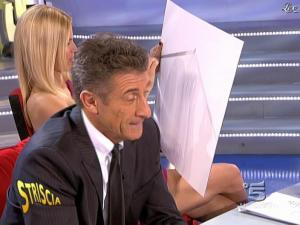 Michelle Hunziker dans Striscia la Notizia - 10/03/09 - 07