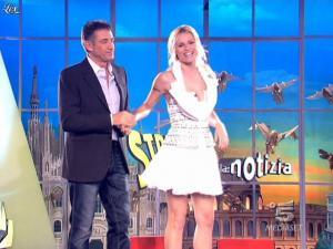 Michelle Hunziker dans Striscia la Notizia - 14/03/09 - 01