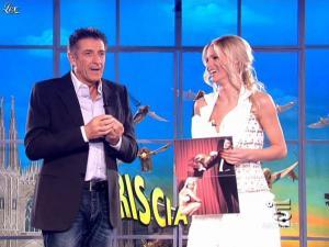 Michelle Hunziker dans Striscia la Notizia - 14/03/09 - 06